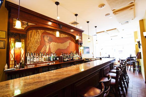 The bar at Le Virtu on East Passyunk Avenue